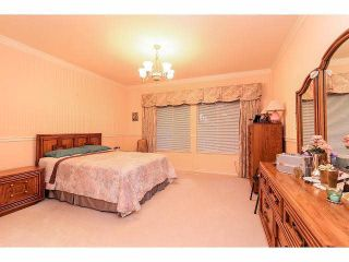 "Photo 10: 28 16920 80 Avenue in Surrey: Fleetwood Tynehead Townhouse for sale in ""Stone Ridge"" : MLS®# F1428666"