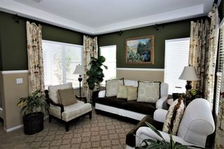 Photo 3: OCEANSIDE House for sale : 3 bedrooms : 149 Canyon Creek Way