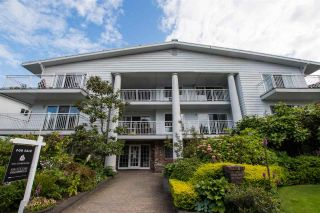 "Photo 1: 204 1066 W 13TH Avenue in Vancouver: Fairview VW Condo for sale in ""LANDMARK VILLA"" (Vancouver West)  : MLS®# R2470925"