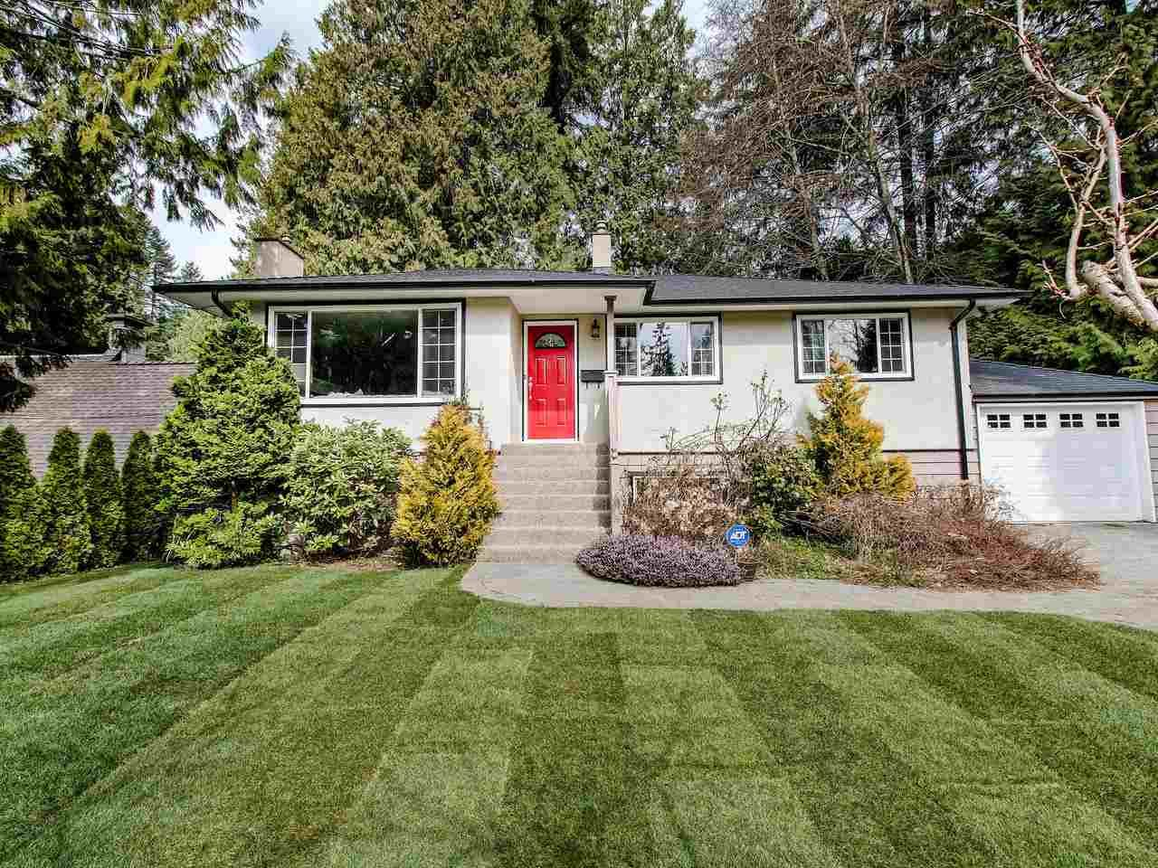 Main Photo: 742 WELLINGTON Drive in North Vancouver: Princess Park House for sale : MLS®# R2447326