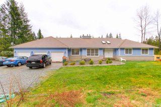 Photo 2: 12169 287 Street in Maple Ridge: Northeast House for sale : MLS®# R2526015