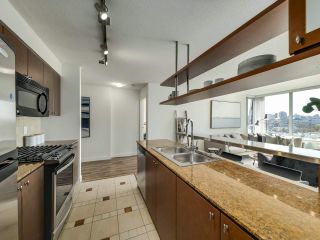 """Photo 9: 902 1495 RICHARDS Street in Vancouver: Yaletown Condo for sale in """"AZURA II"""" (Vancouver West)  : MLS®# R2570710"""