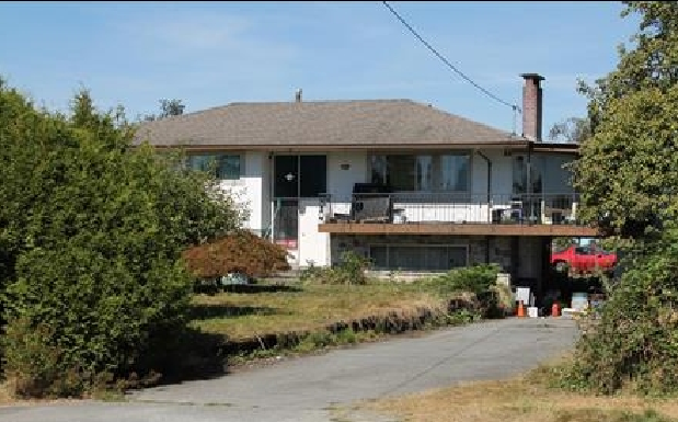 Main Photo: 24269 DEWDNEY TRUNK in maple ridge: House for sale