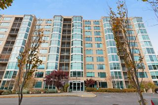 "Photo 3: 308 12148 224 Street in Maple Ridge: East Central Condo for sale in ""Panorama"" : MLS®# R2526008"