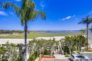 Photo 29: PACIFIC BEACH Condo for sale : 1 bedrooms : 4015 Crown Point Dr #208 in San Diego