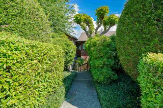 """Photo 2: 4 719 E 31ST Avenue in Vancouver: Fraser VE Townhouse for sale in """"ALDERBURY VILLAGE"""" (Vancouver East)  : MLS®# R2591703"""