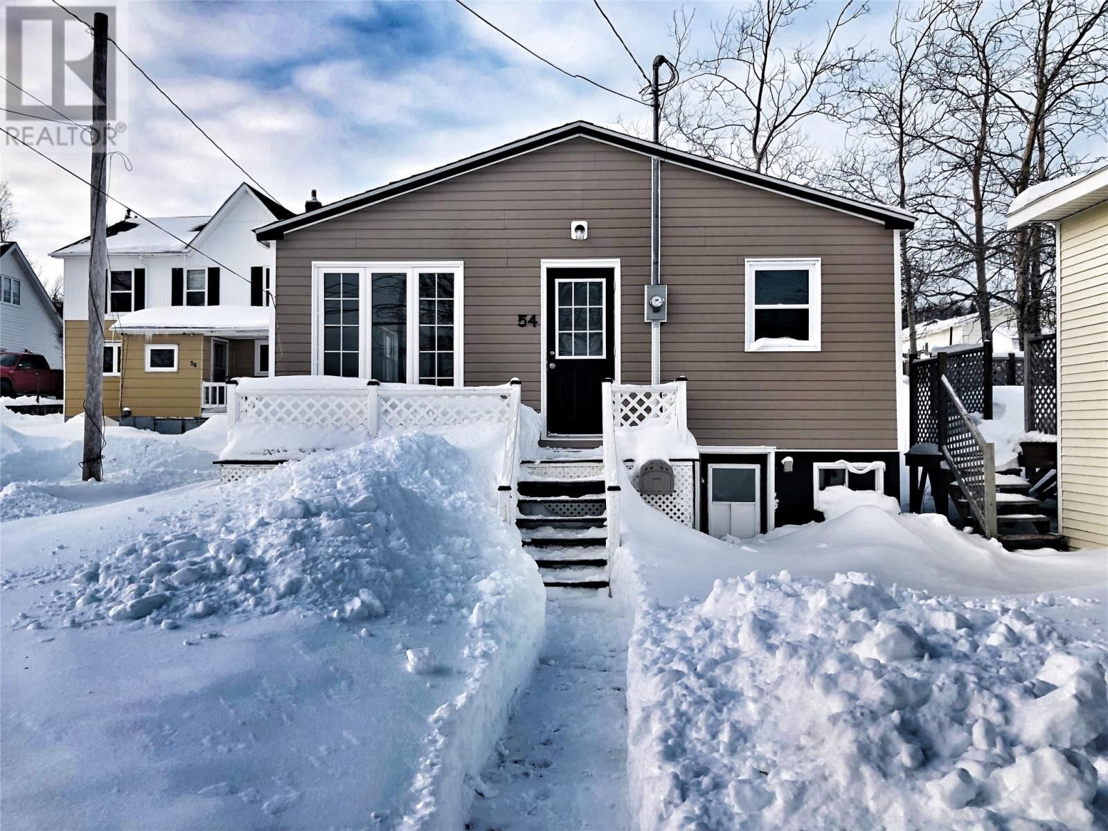 Main Photo: 54 Main Street in Lewisporte: House for sale : MLS®# 1225489