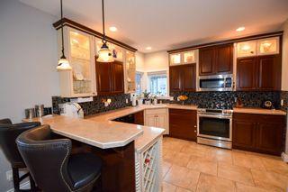 Photo 4: 8611 109 Avenue in Fort St. John: Fort St. John - City NE House for sale (Fort St. John (Zone 60))  : MLS®# R2166692
