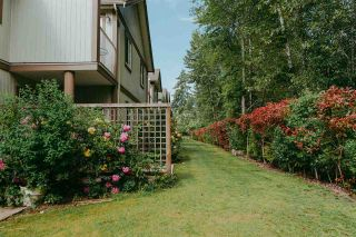 """Photo 16: 53 735 PARK Road in Gibsons: Gibsons & Area Townhouse for sale in """"Sherwood Grove"""" (Sunshine Coast)  : MLS®# R2371940"""