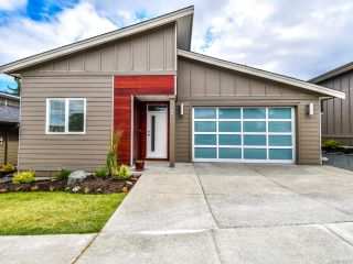 Photo 1: 2 325 Niluht Rd in CAMPBELL RIVER: CR Campbell River Central Row/Townhouse for sale (Campbell River)  : MLS®# 793351