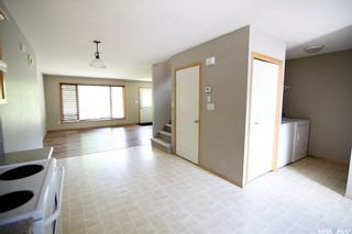 Photo 8: 2720 Victoria Avenue in Regina: Cathedral RG Residential for sale : MLS®# SK856718