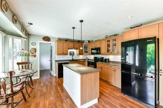 Photo 5: 16 Clovermeadow Crescent in Langley: Salmon River Home for sale ()