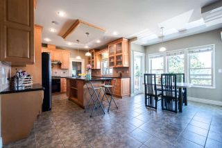 Photo 8: 7923 ELWELL Street in Burnaby: Burnaby Lake House for sale (Burnaby South)  : MLS®# R2108831