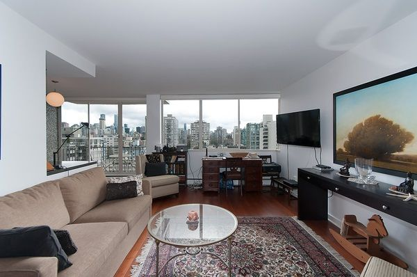 """Photo 4: Photos: 1601 2055 PENDRELL Street in Vancouver: West End VW Condo for sale in """"Panorama Place"""" (Vancouver West)  : MLS®# R2046981"""