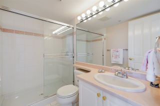 """Photo 18: 1803 612 SIXTH Street in New Westminster: Uptown NW Condo for sale in """"The Woodward"""" : MLS®# R2545610"""