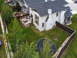Photo 2: 45 Crestbrook Hill SW in Calgary: Crestmont Detached for sale : MLS®# A1141803