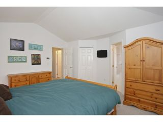 Photo 12: 6782 184 ST in Surrey: Cloverdale BC Condo for sale (Cloverdale)  : MLS®# F1437189