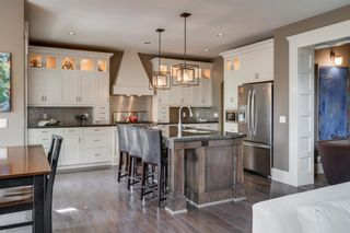 Photo 10: 976 73 Street SW in Calgary: West Springs Detached for sale : MLS®# A1125022