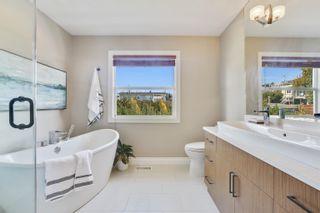 Photo 15: 948 KENT Street: White Rock House for sale (South Surrey White Rock)  : MLS®# R2615798