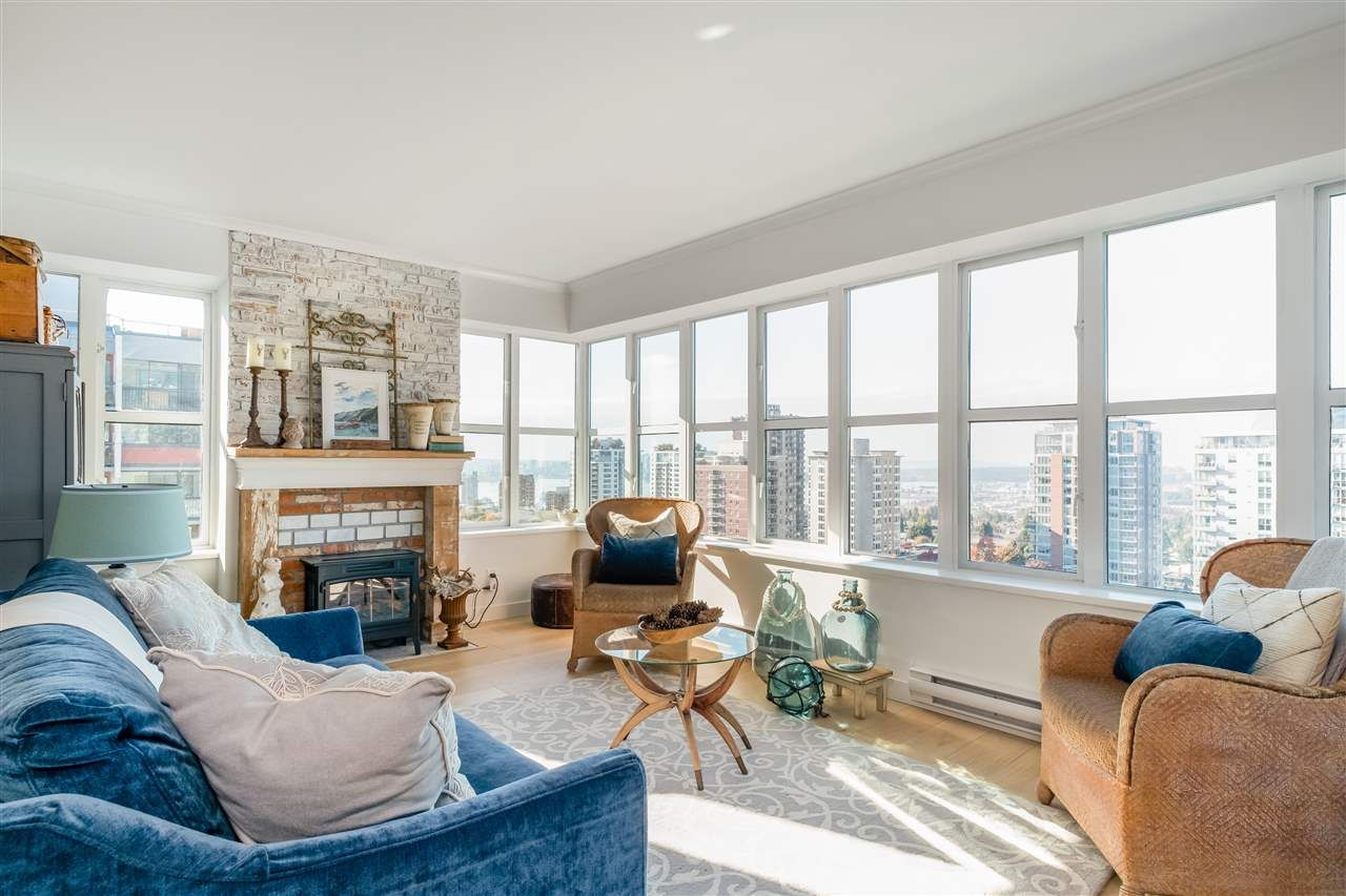 """Main Photo: 1504 1555 EASTERN Avenue in North Vancouver: Central Lonsdale Condo for sale in """"The Sovereign"""" : MLS®# R2594870"""