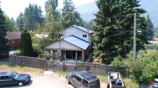 Photo 2: 609 PARK STREET in Slocan: House for sale : MLS®# 2460010