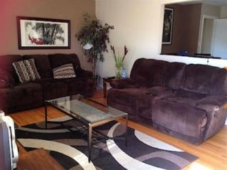 Photo 2: 8024 4A Street SW in Calgary: Kingsland Detached for sale : MLS®# A1102340