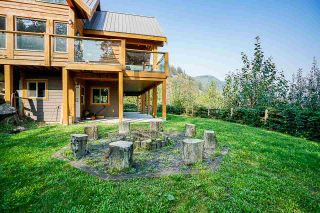 Photo 5: 3757 ELDRIDGE Road in Abbotsford: Sumas Mountain House for sale : MLS®# R2507341