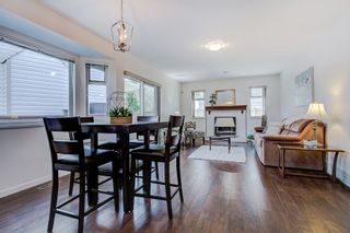 Photo 3: 19678 MAPLE Place in Pitt Meadows: Mid Meadows House for sale : MLS®# R2350379