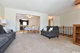 Photo 4: 90 Kowalchuk Crescent in Regina: Uplands Residential for sale : MLS®# SK723648