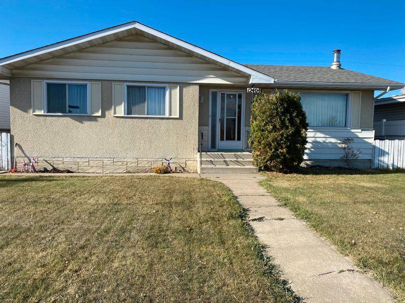 FEATURED LISTING: 12404 50 Street Edmonton