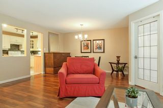 Photo 5: 103 17730 58A AVENUE in Surrey: Cloverdale BC Condo for sale (Cloverdale)  : MLS®# R2324764