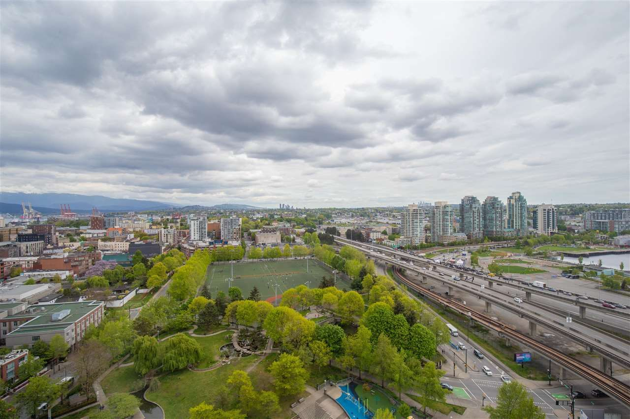 """Photo 2: Photos: 2609 688 ABBOTT Street in Vancouver: Downtown VW Condo for sale in """"FIRENZE ii"""" (Vancouver West)  : MLS®# R2579446"""