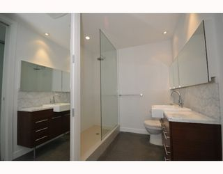 """Photo 7: 418 256 E 2ND Avenue in Vancouver: Mount Pleasant VE Condo for sale in """"JACOBSEN"""" (Vancouver East)  : MLS®# V808511"""