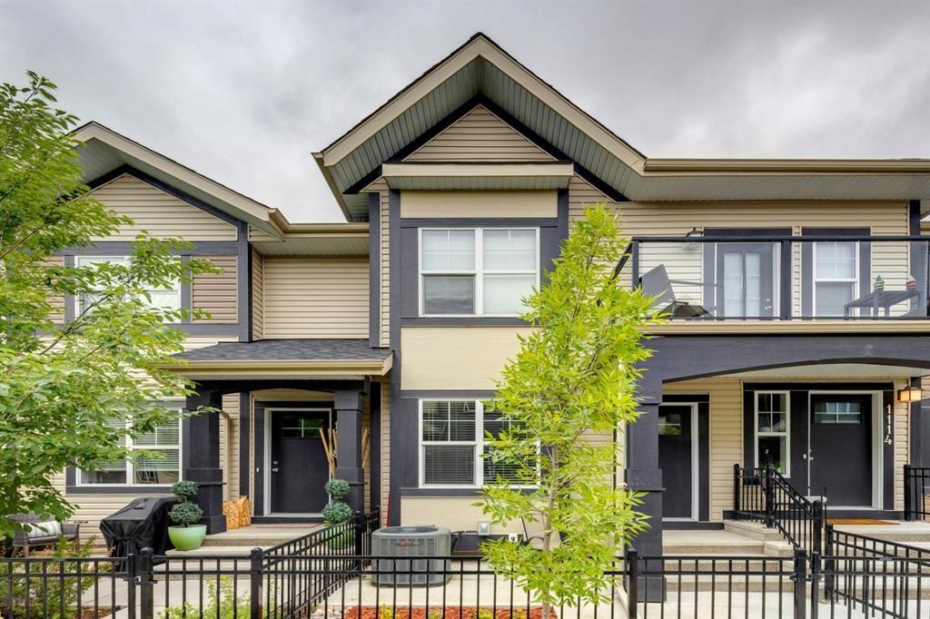 Main Photo: 1116 Mckenzie Towne Row SE in Calgary: McKenzie Towne Row/Townhouse for sale : MLS®# A1127046