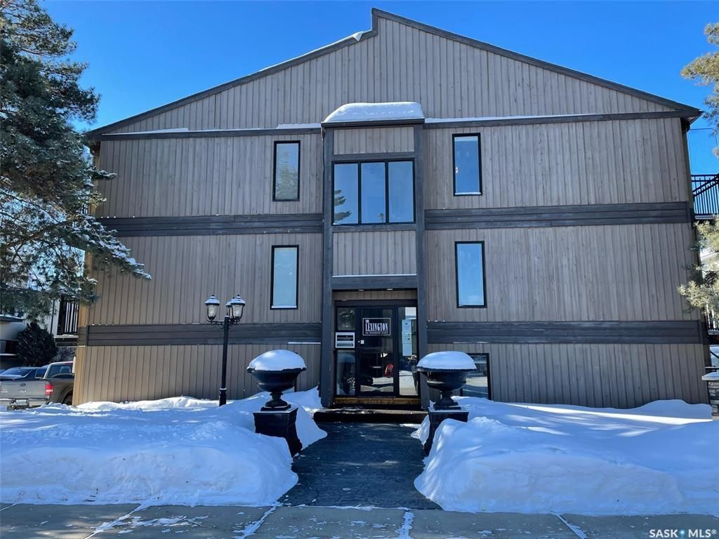 Main Photo: 307 250 Pinehouse Place in Saskatoon: Lawson Heights Residential for sale : MLS®# SK841729