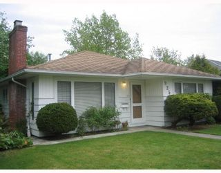 """Photo 1: 925 CHILLIWACK Street in New_Westminster: The Heights NW House for sale in """"Massey Heights"""" (New Westminster)  : MLS®# V710348"""