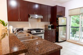 "Photo 10: 8 6878 SOUTHPOINT Drive in Burnaby: South Slope Townhouse for sale in ""CORTINA"" (Burnaby South)  : MLS®# R2510279"