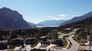 """Photo 31: 2211 CRUMPIT WOODS Drive in Squamish: Valleycliffe House for sale in """"Crumpit Woods"""" : MLS®# R2494676"""