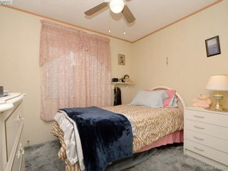 Photo 16: 21 1581 Middle Rd in VICTORIA: VR Glentana Manufactured Home for sale (View Royal)  : MLS®# 799550