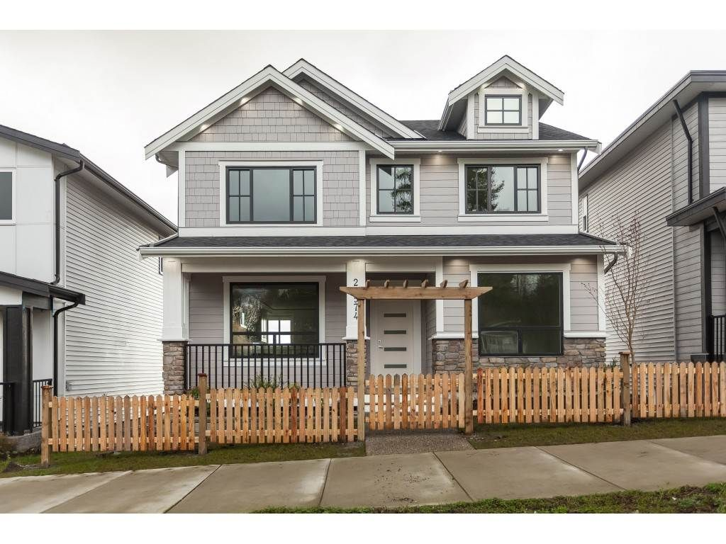"""Main Photo: 20574 72 Avenue in Langley: Willoughby Heights House for sale in """"Willoughby Heights"""" : MLS®# R2451106"""