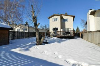 Photo 26: 139 CASTLEGLEN Road NE in Calgary: Castleridge House for sale : MLS®# C4170209