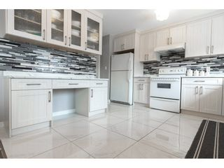 Photo 6: 18185 64 Avenue in Surrey: Cloverdale BC House for sale (Cloverdale)  : MLS®# R2253254