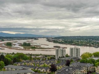 """Photo 20: 2002 280 ROSS Drive in New Westminster: Fraserview NW Condo for sale in """"The Carlyle"""" : MLS®# R2577017"""