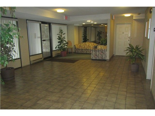 """Photo 12: Photos: 1206 5652 PATTERSON Avenue in Burnaby: Central Park BS Condo for sale in """"CENTRAL PARK PLACE"""" (Burnaby South)  : MLS®# V1044313"""