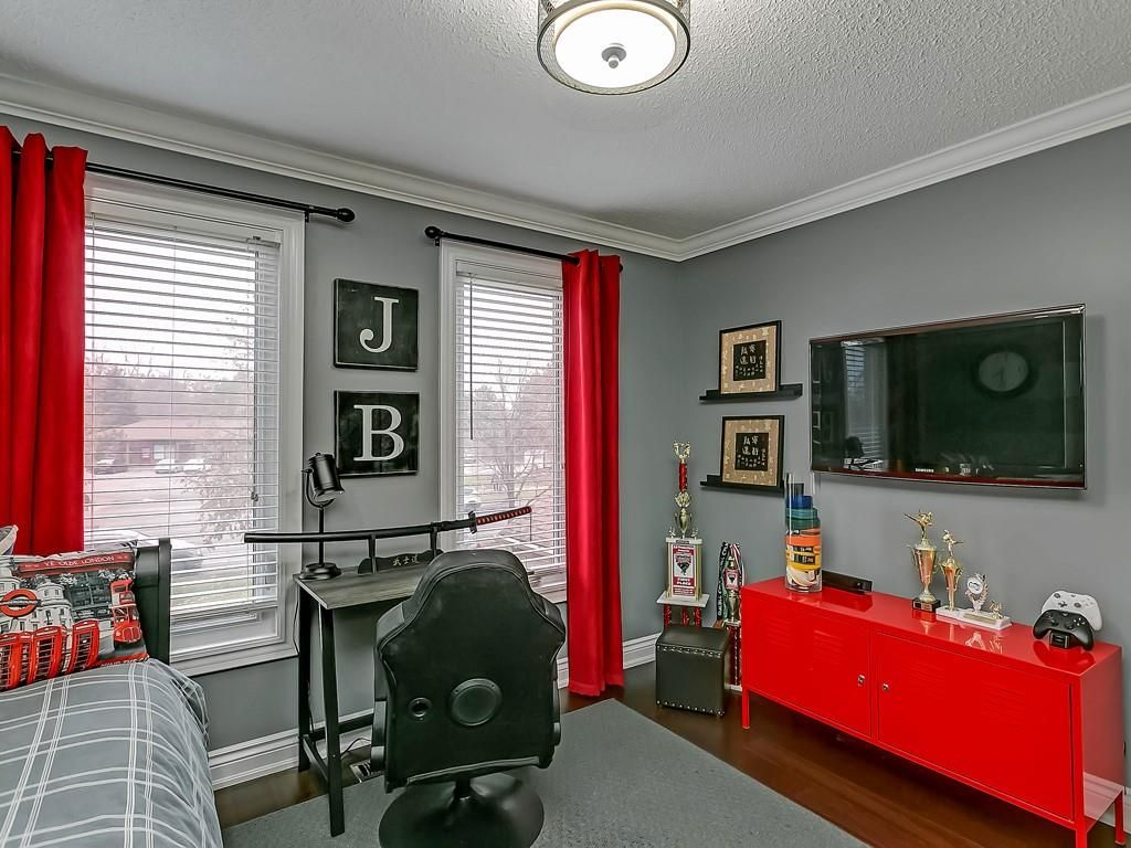 Photo 20: Photos: 2140 SIXTH Line in Oakville: Residential for sale : MLS®# H4068509