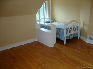 Photo 9: 915 BOYD Avenue in WINNIPEG: North End Residential for sale (North West Winnipeg)  : MLS®# 1319545