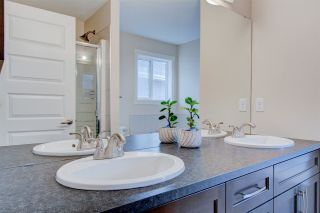 Photo 32: 2336 SPARROW Crescent in Edmonton: Zone 59 House for sale : MLS®# E4240550