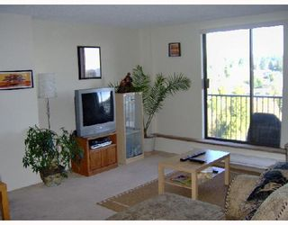 """Photo 3: 1505 9595 ERICKSON Drive in Burnaby: Sullivan Heights Condo for sale in """"CAMERON TOWER"""" (Burnaby North)  : MLS®# V677781"""