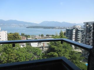 """Photo 4: 906 2370 W 2ND Avenue in Vancouver: Kitsilano Condo for sale in """"Century House"""" (Vancouver West)  : MLS®# R2601938"""