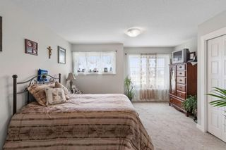 Photo 18: 136 Red Embers Gate NE in Calgary: Redstone Row/Townhouse for sale : MLS®# A1136048
